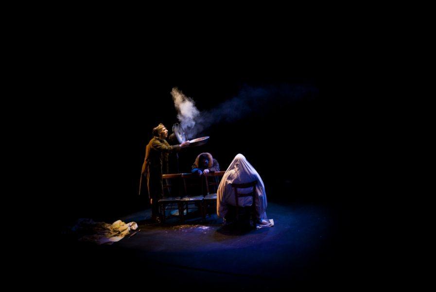 Nadie lo quiere creer - La Zaranda Teatro Inestable
